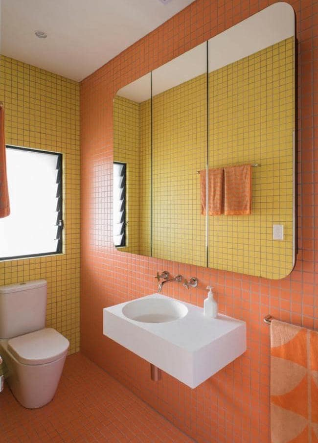 Bright bathroom tiles are looking popular for 2021