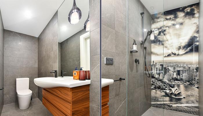 Powder room (no bathtub)